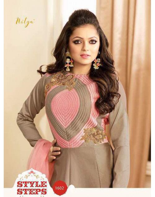 Drashti Dhami as Madhubala Latest RosyBrown Tapeta Silk Salwar Kameez