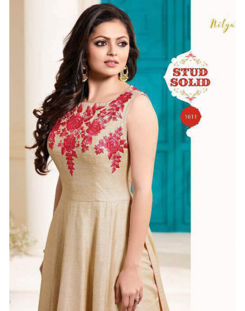 Drashti Dhami as Madhubala Latest Beige Italin Silk Salwar Kameez