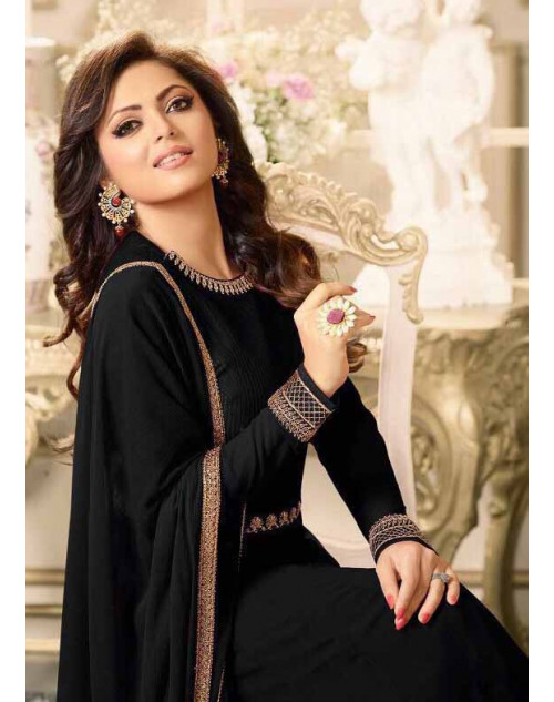 Drashti Dhami as Madhubala Stylish Black Vaishnavi Georgette Salwar Kameez